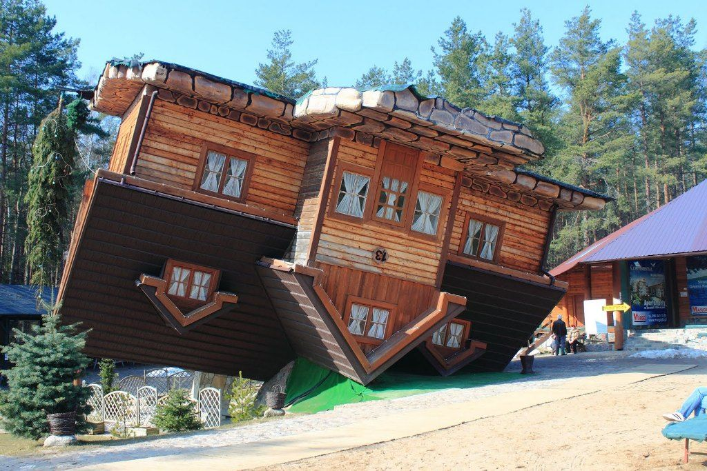 Upside Down House Szymbark Poland Upside Down House Unusual Buildings Traditional Architecture