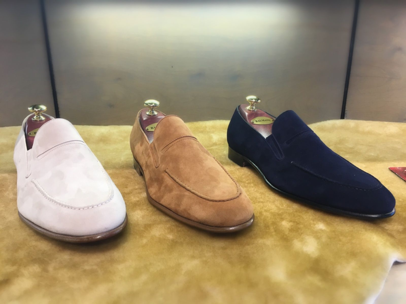 Beautiful Gravati shoes that are perfect for this spring and