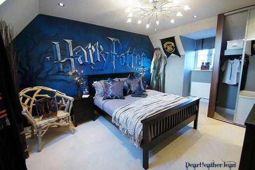 Pin By Katie Shutock On Interior Design Ideas Harry Potter Bedroom Harry Potter Room Decor Harry Potter Bedroom Decor