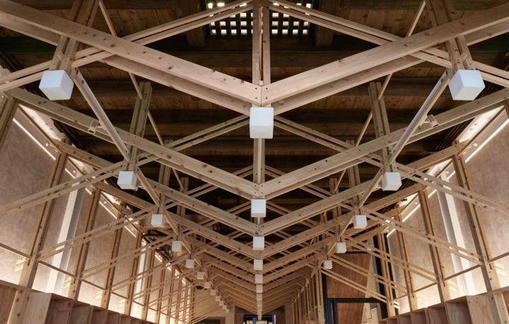 The Main Timber Truss For The Retail Shop At The Front Room Introduces The Idea Of Structure As Furniture A Roof Truss Design Steel Trusses Timber Structure