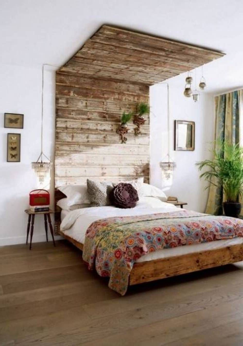 Interior interactive ideas for rustic bedroom for Queen headboard ideas