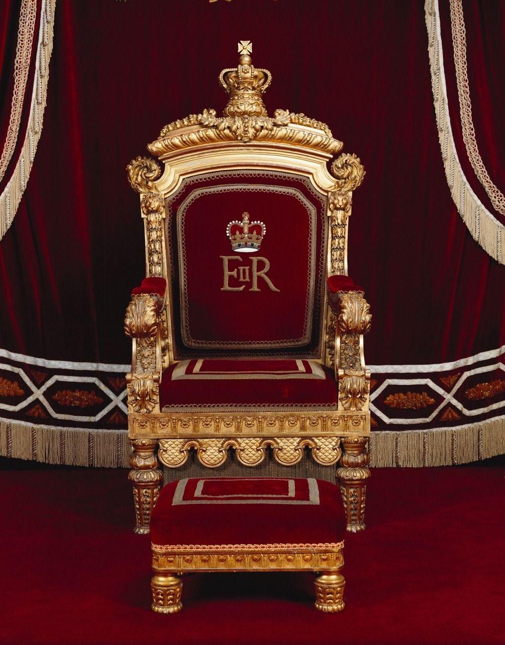 Buckingham Palace Throne Room In 2019 Throne Chair