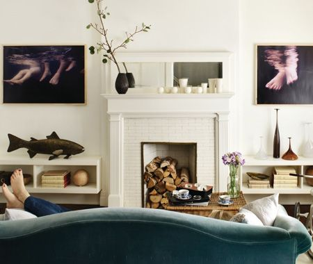 Hilary Smyth on one mantel with five looks.