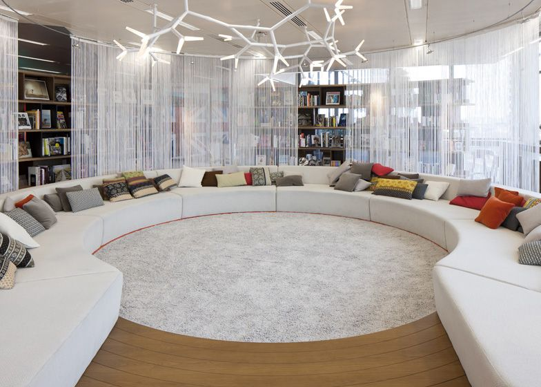 Great communal work/relax space...would love to see their dance studio :)  Google London Headquarters by Penson