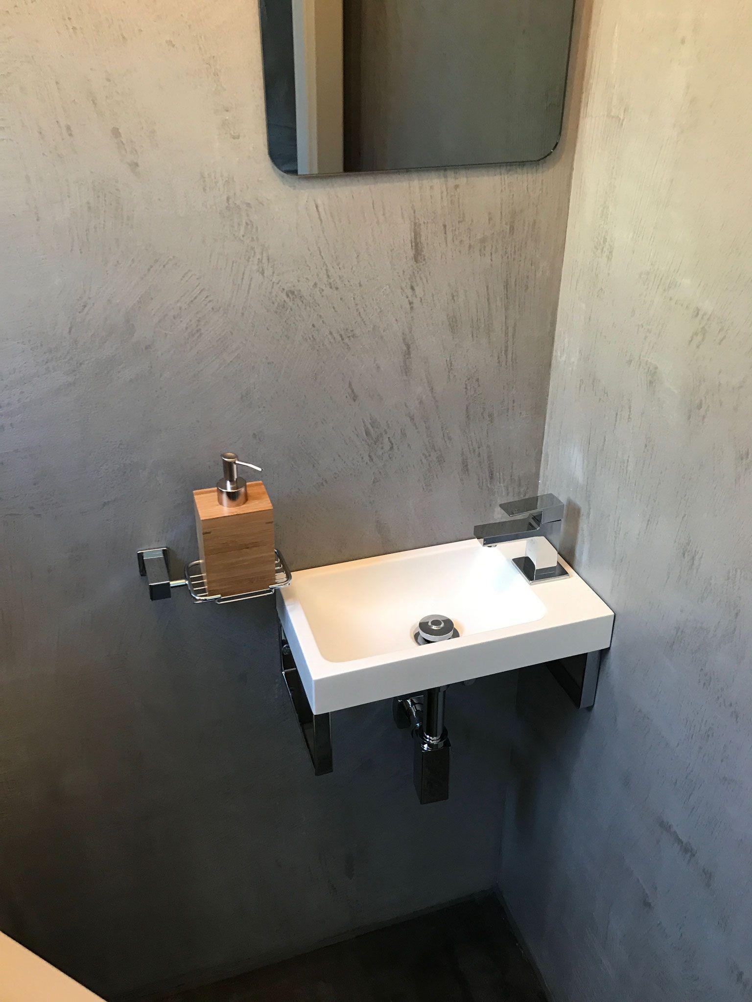 Beton Cire Microcement Carameo Fugenlos Mit Bildern Mineralischer Putz Waschbecken Design Kalkputz
