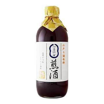 Irizake is an old Japanese seasoning used during the Edo period, which is made by putting umeboshi (pickled Japanese apricot) into Japanese sake (rice wine), and boiling it