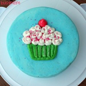 Cake decorating ideas for beginners wilton cake for How to decorate a cake for beginners