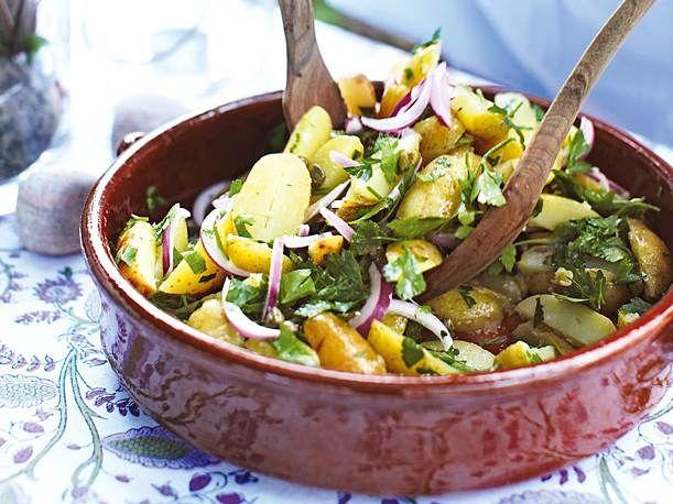 Gekräuterter Früh-Kartoffel-Salat Rezept  | LECKER
