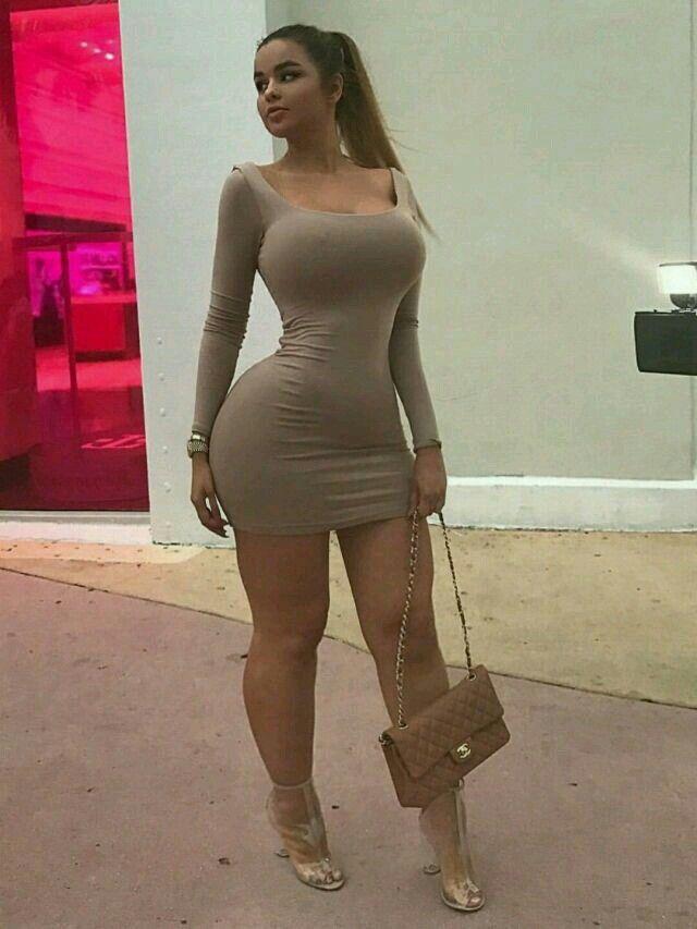 Sexy dress tits
