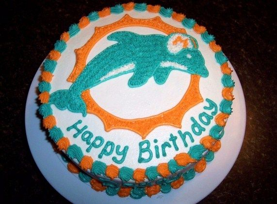 Miami Dolphins Cake With Images Miami Dolphins Cake Dolphin Cakes Dolphin Birthday Cakes