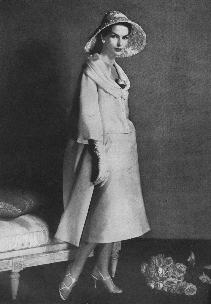 1957 - Christian Dior ensemble  c3727bce241