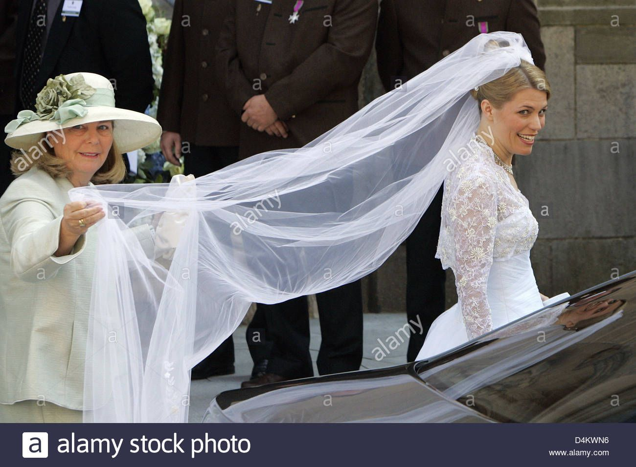 Pin Auf Royal Weddings