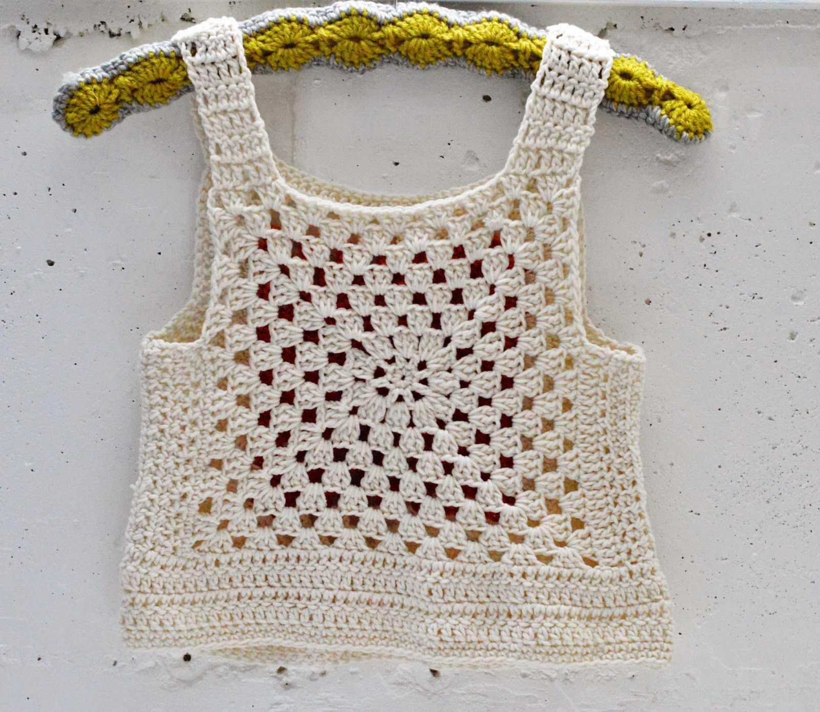 Maize Hutton - Crocheted top | Crochês | Pinterest | Blusas, Tejido ...
