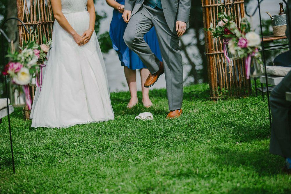 Wedding Tradition Breaking the Glass Jewish wedding