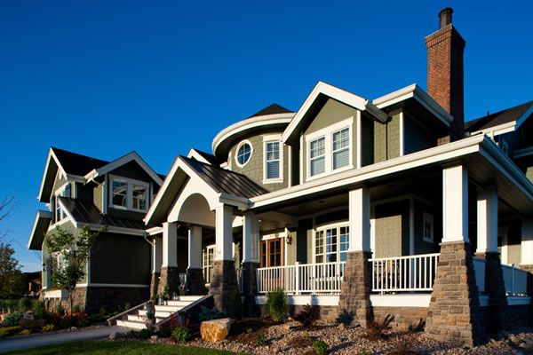 Luxury Waterfront House Plans With A Fantastic Rear View Craftsman Style Homes Craftsman House Dream House Exterior