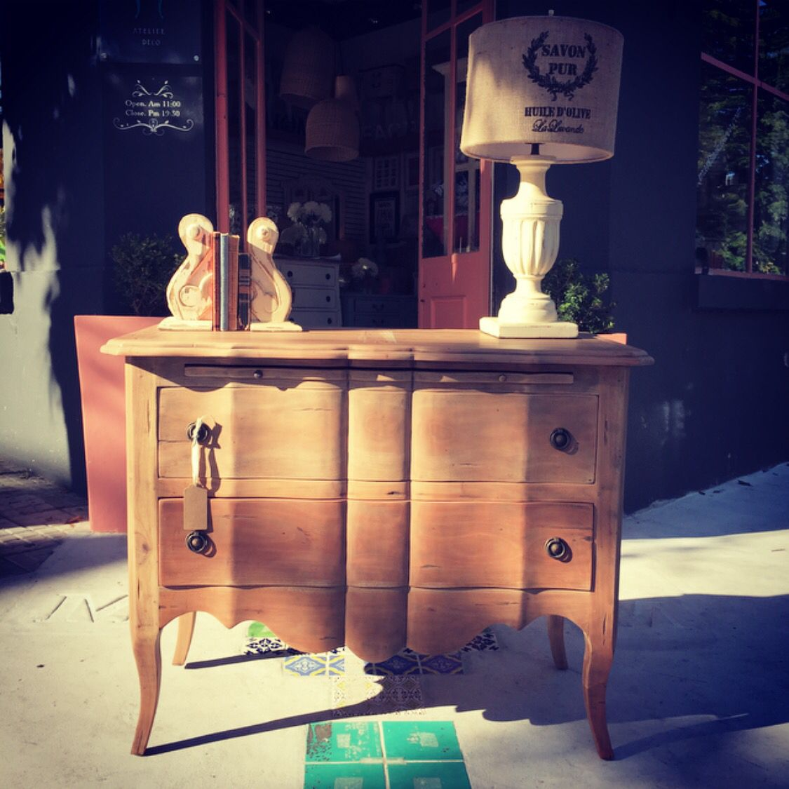 Cual Es Tu Estilo Muebles Martinikadeco Interiores Mesasdeluz  # Muebles Hoja De Platano