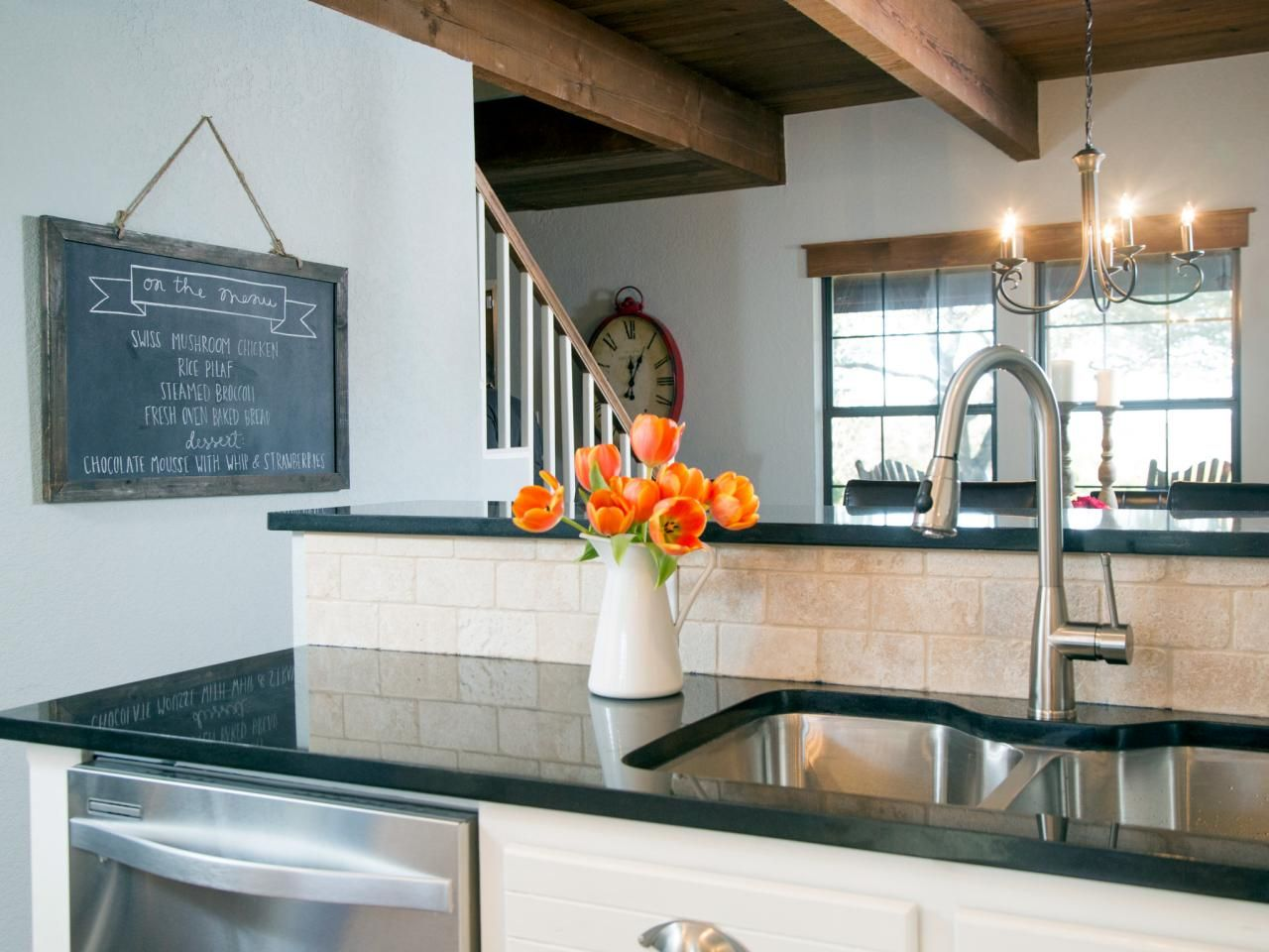 Fixer upper kitchen decor ideas - Wall Art Ideas From Chip And Joanna Gaines Fixer Upper Decorfixer Upper Kitchenchip