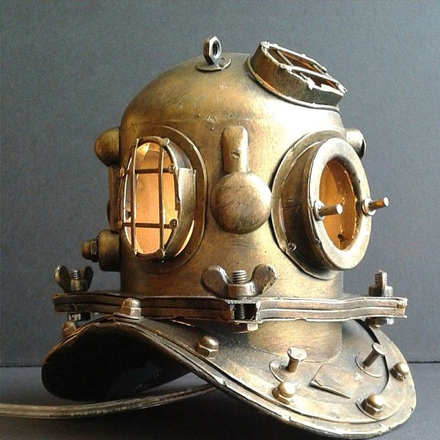 Scuba Diver Helmet Lamp   PLONGE   Pinterest   Nautical ...