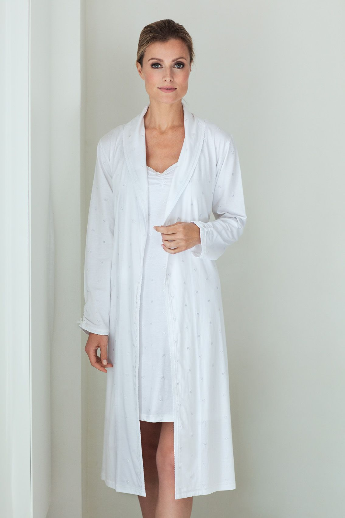 Pastuntte Deluxe ladies white cotton morninggown with little embroidered butterflies perfectly matched with this spaghetti dress with adjustable straps
