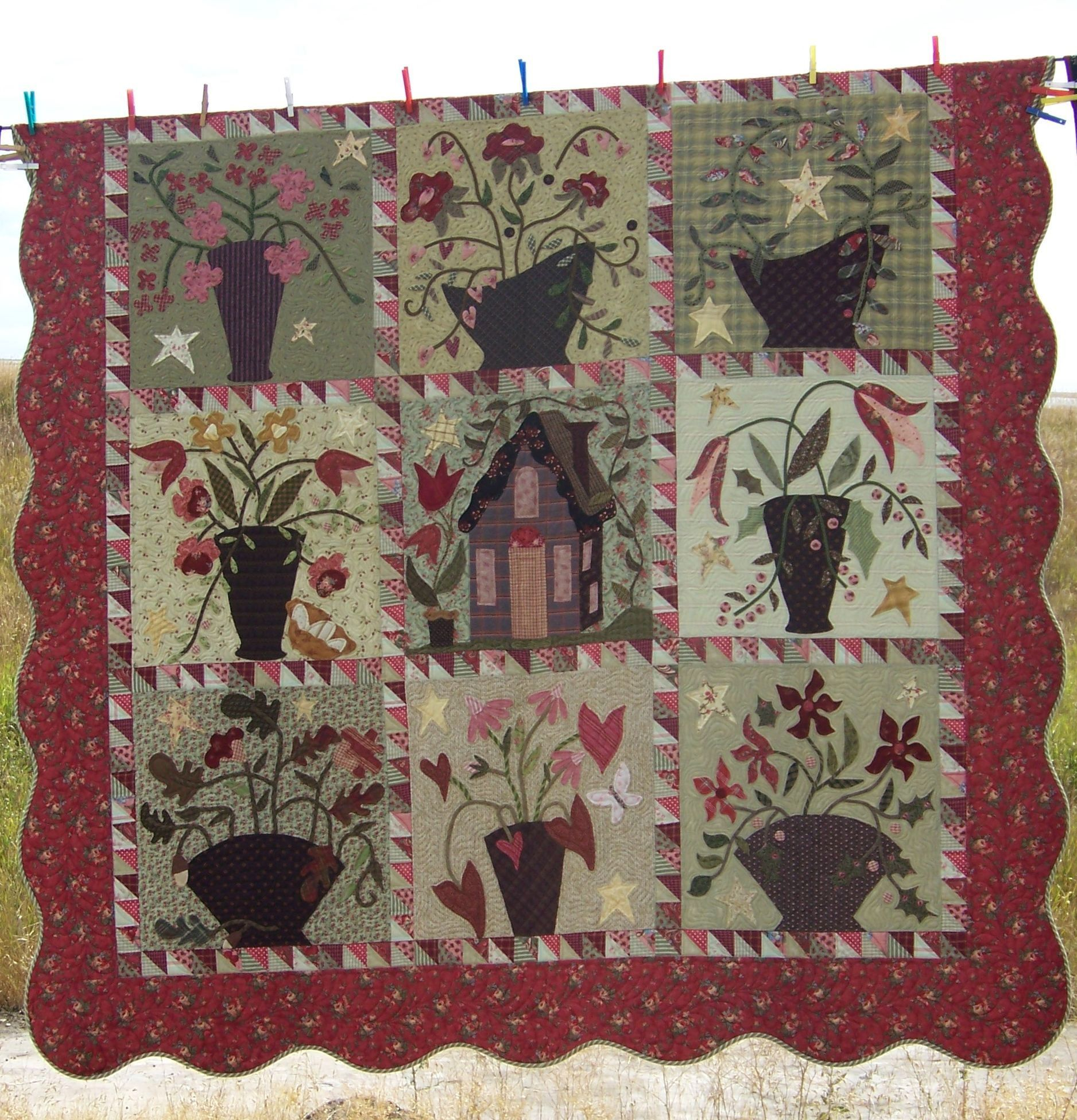 Blackbird Designs applique displayed at the Buggy Barn annual ... : buggy barn quilt show - Adamdwight.com