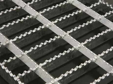 Serrated Press Locked Steel Grating For Industrial Commercial Building Steel Industrial Anti Rust