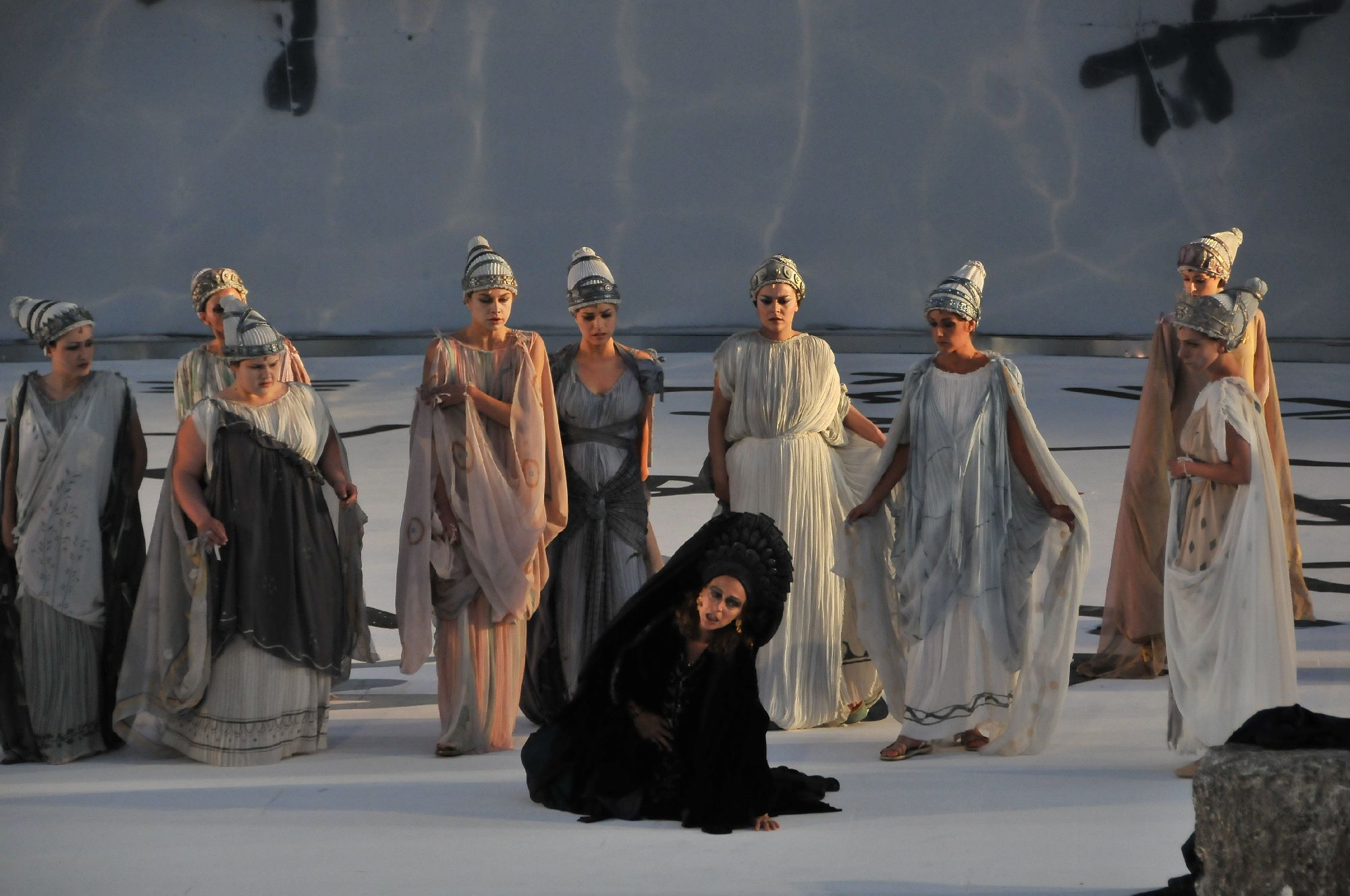 greek chorus in history The greek chorus trope as used in popular culture a minor character or group of minor characters who offer commentary and/or opinions on the actions of the.