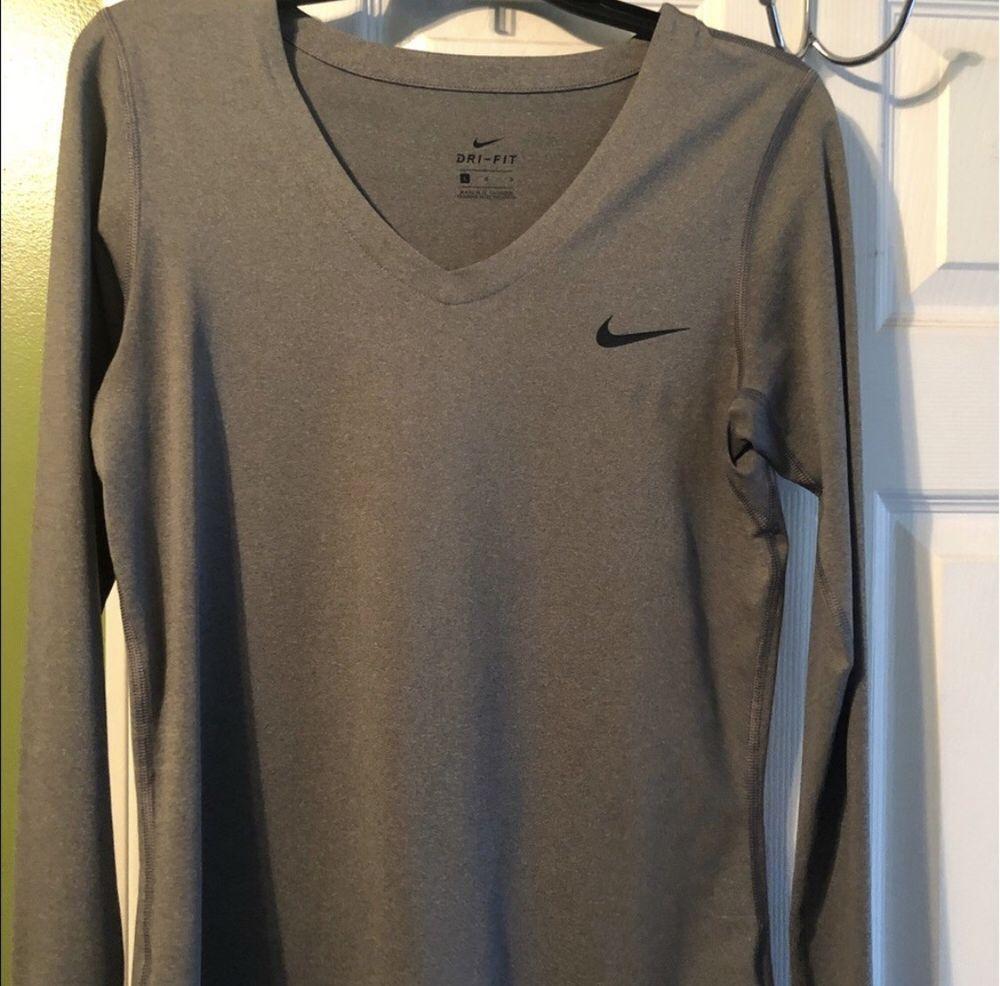 Nike Women S Dri Fit Pro Combat Compression Long Sleeve V Neck Shirt Gray Long Sleeve Tshirt Men Long Sleeve Shirts Grey [ 986 x 1000 Pixel ]