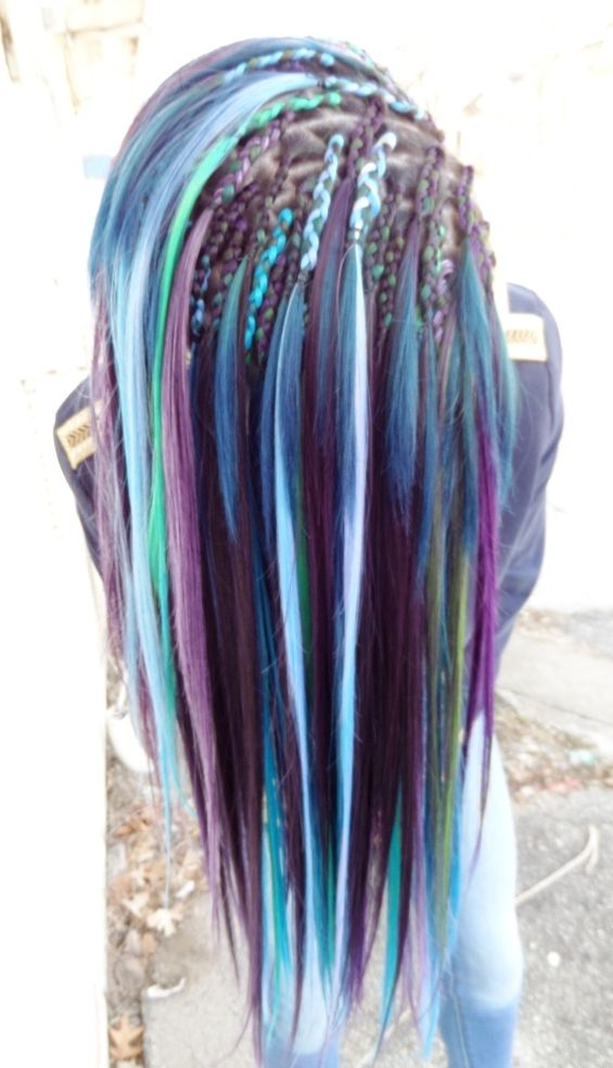 Nivas Natural Hair Was Colored Blue And Green 4 To 6 Inches Long