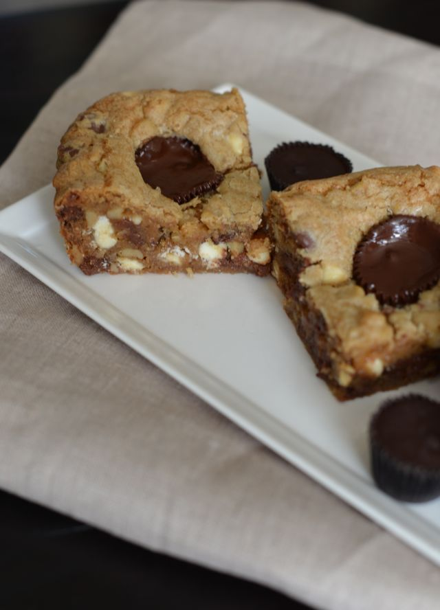 M Loves M: chocolate chip chunk blondies with peanut butter cups