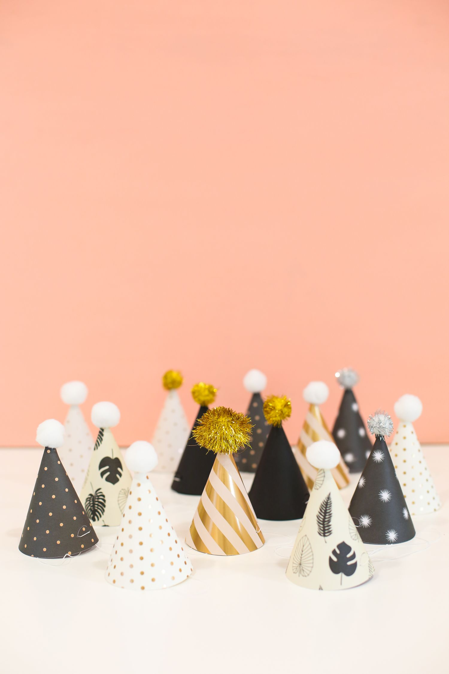 Printable New Years Eve Party Hats For Kids And Adults Newyears Newyearseve Mini Diy