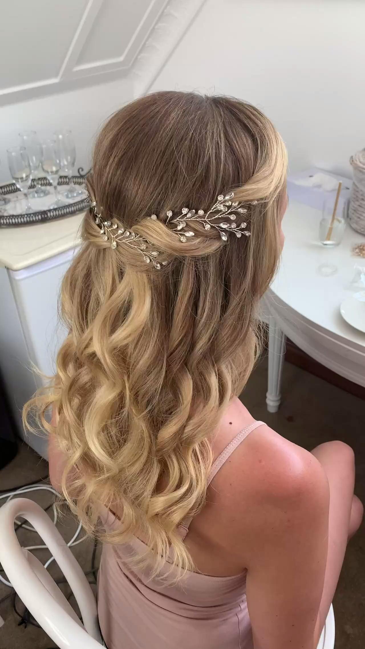 Peinado de novia mitad arriba mitad abajo