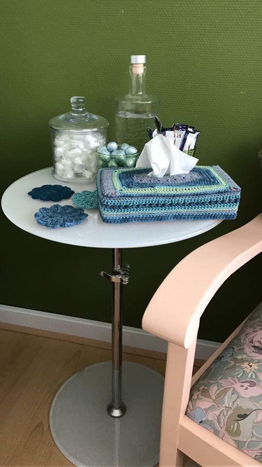 Tissuedoos omgehaakt  Crochet tissue box
