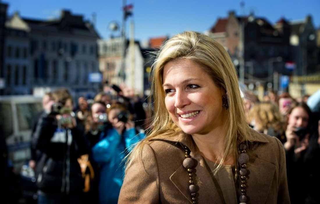 """La reina de Holanda sorprendió a todos con su nueva figura súper estilizada y más delgada que nunca. Te contamos en qué consiste la dieta """"New Fysic"""" a la que se sometió."""