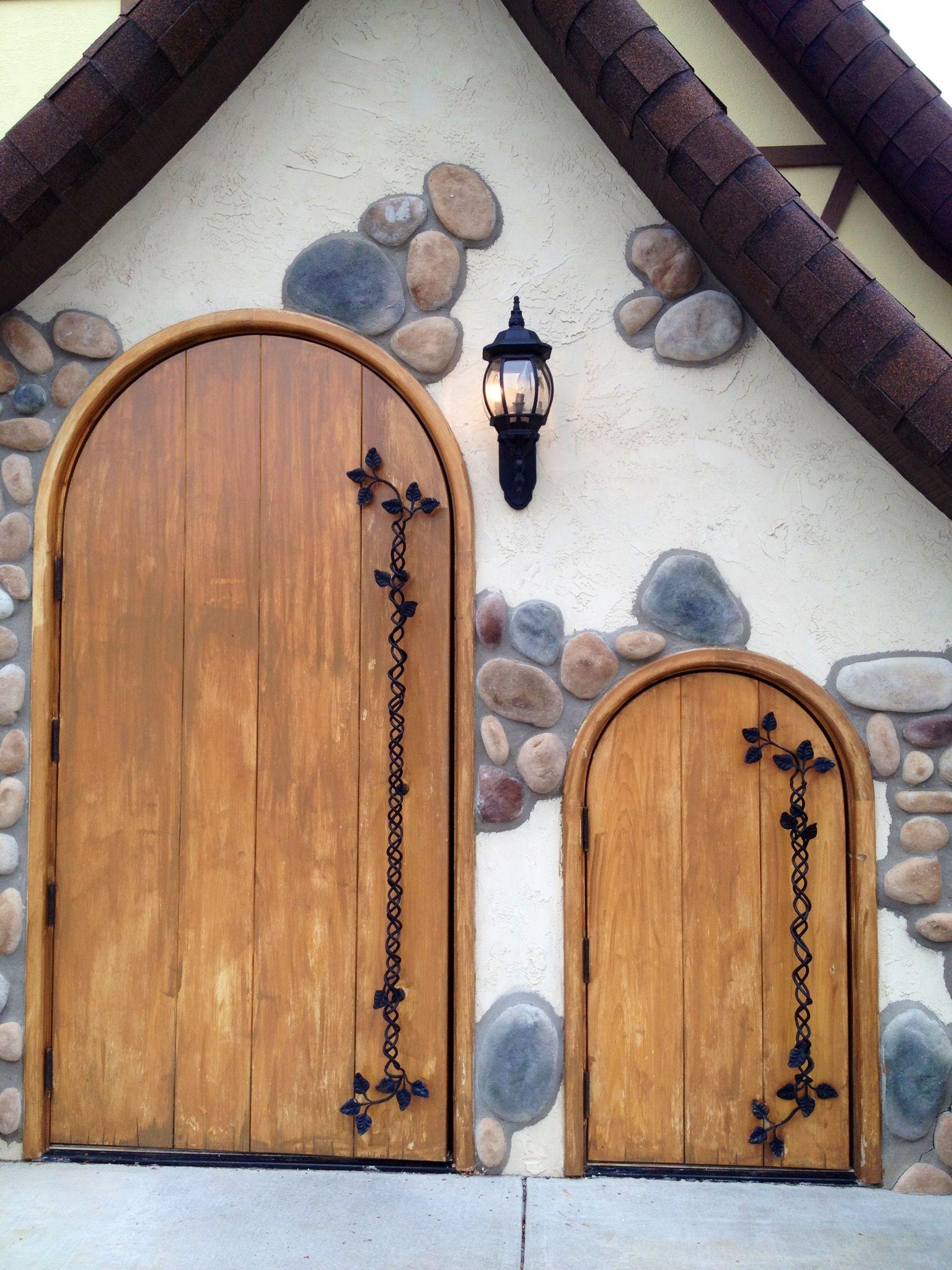 Dwarf door. Snow white. Child size. Small. Stone. Wood