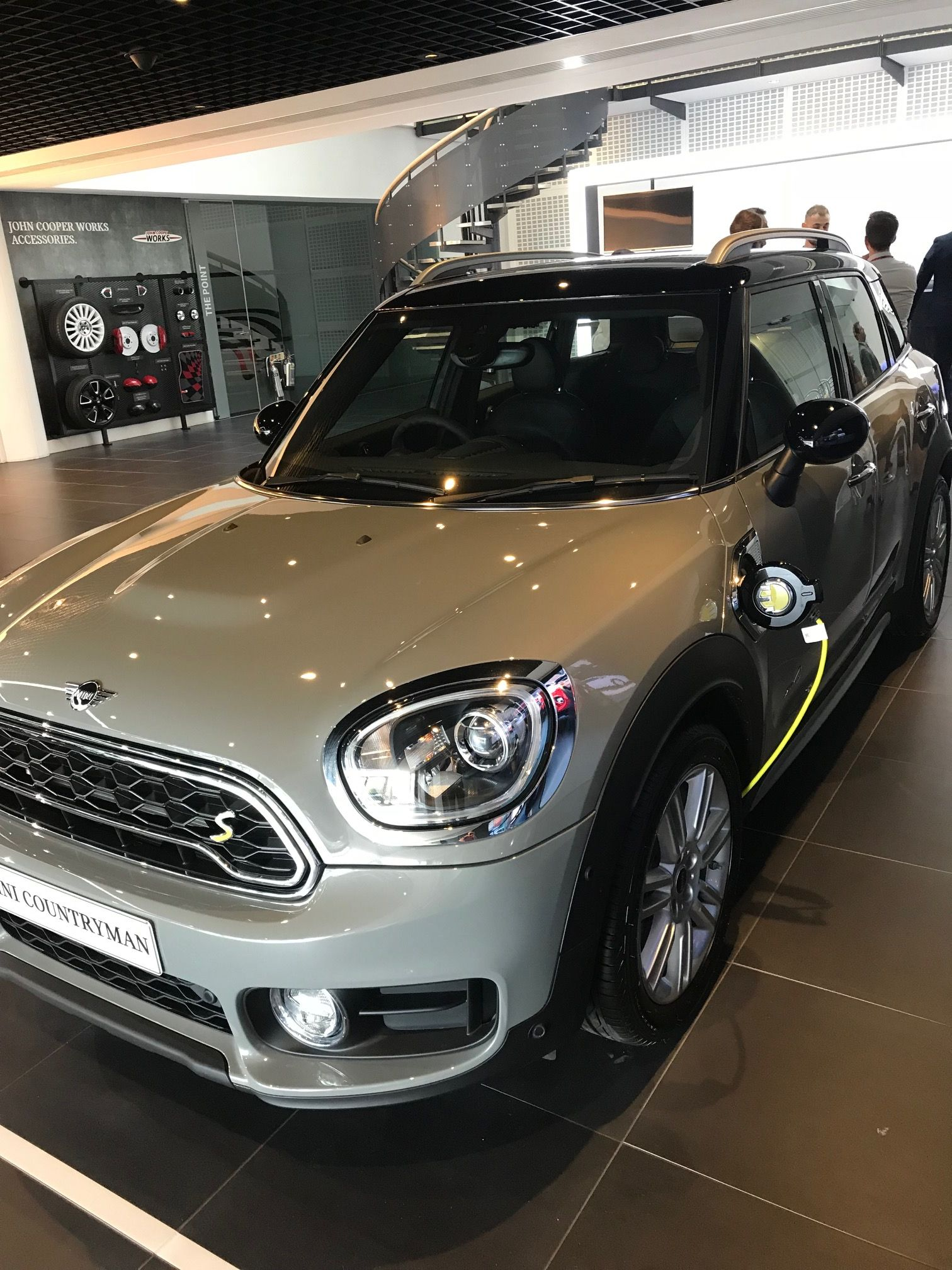 The Mini COUNTRYMAN HATCHBACK 1.5 Cooper S E Exclusive
