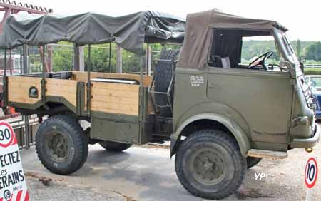 renault 4x4 r2087 renault trucks bus france. Black Bedroom Furniture Sets. Home Design Ideas