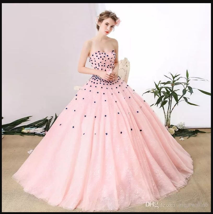 100%real light pink lace flower rhinestone bead queen gown medieval ...