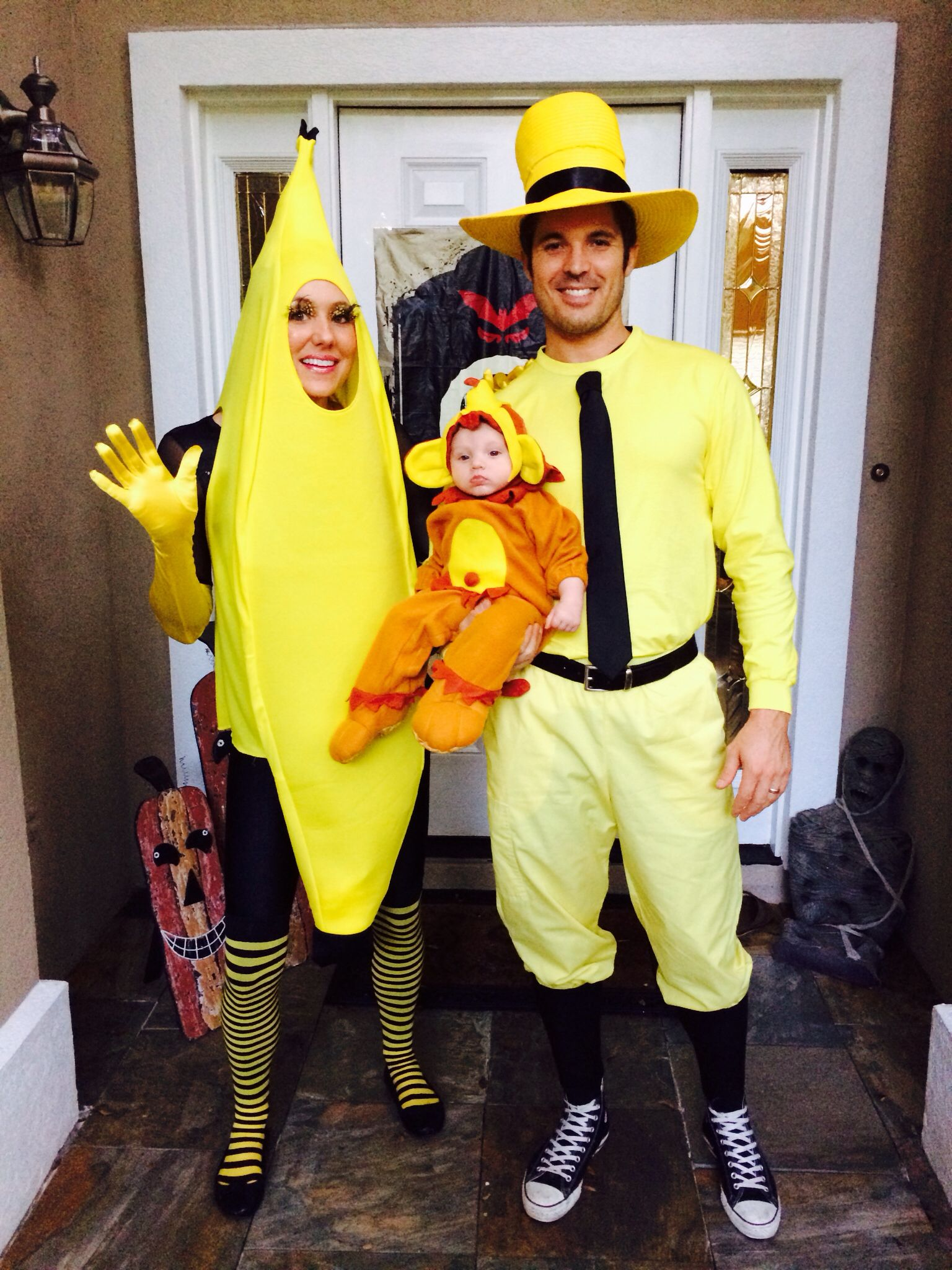family of three halloween costume idea curious george inspirationlove this super cute and what a cute monkey