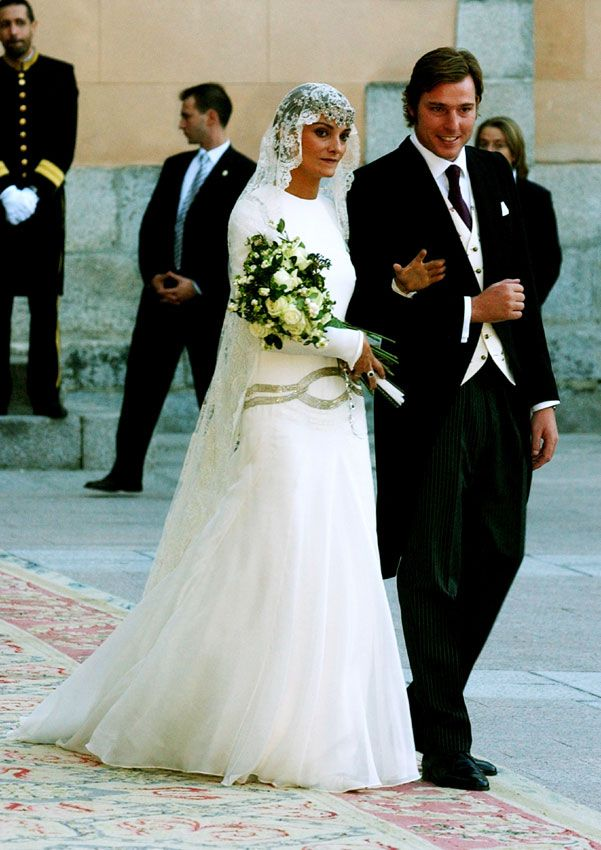 laura ponte debuta como diseñadora de moda con un vestido de novia