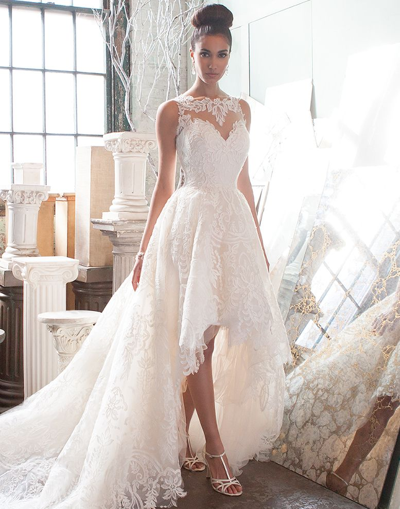 737c91cc491 Elegant high-low wedding dress by Justin Alexander Signature ...