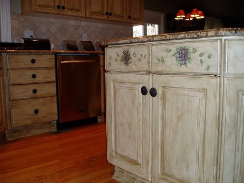 Kitchen Cabinet Painting Ideas that Accent your Kitchen Colors Re