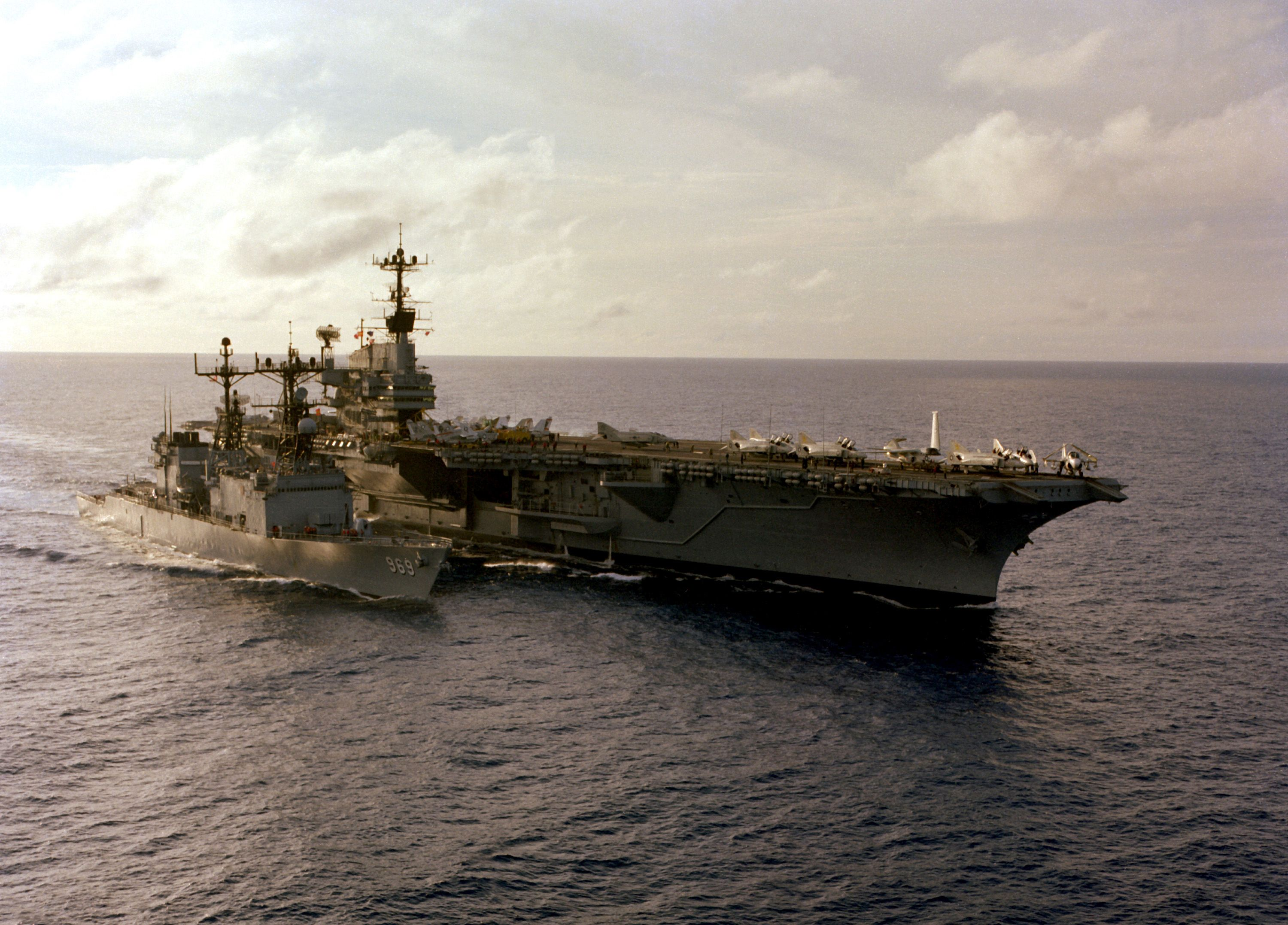 uss independence  cv-62  - forrestal class aircraft carrier w uss peterson  dd-969