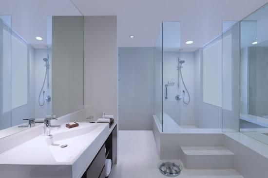 Swissotel Kolkata  Executive Lounge Bathroom  This Stark White Bathroom Has  The Swiss Stamp All