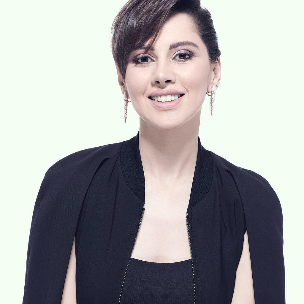 Pixi Haircut Yasmin Raeis Egyptian Actress Egyptian Actress Arabian Beauty Beauty