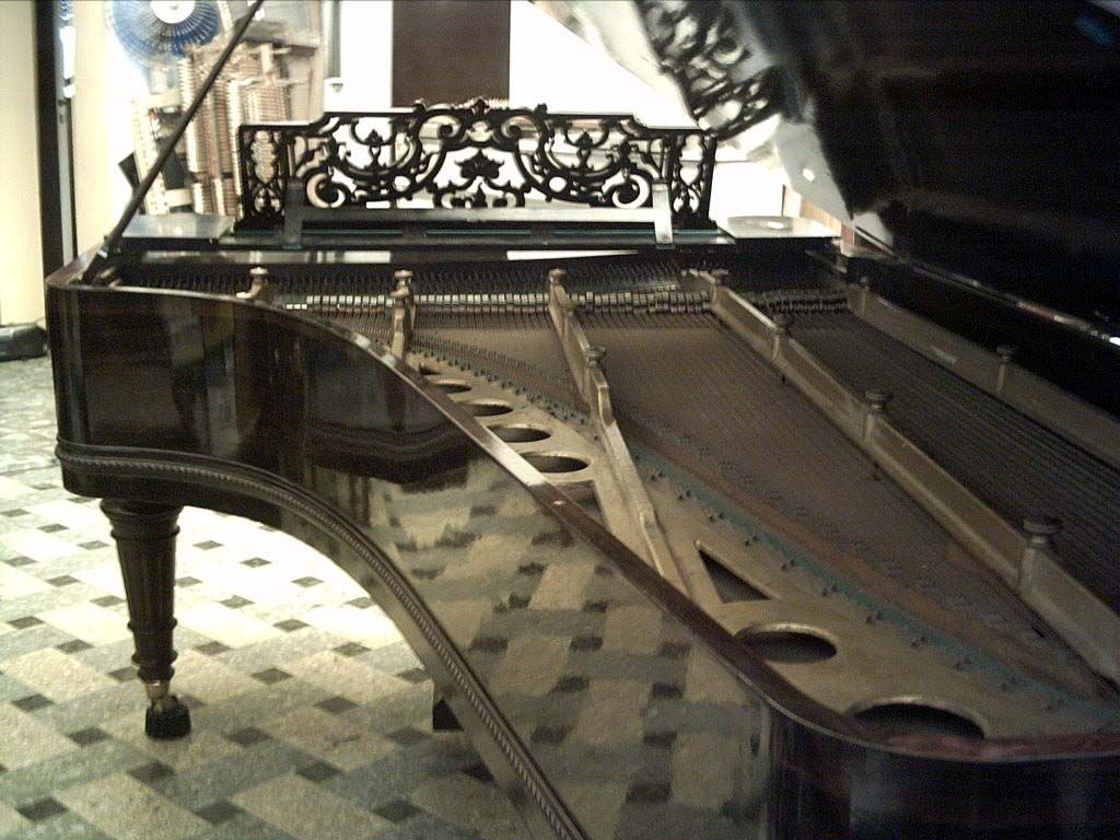 23 best Piano Wallpaper images on Pinterest | The piano, Music and ...