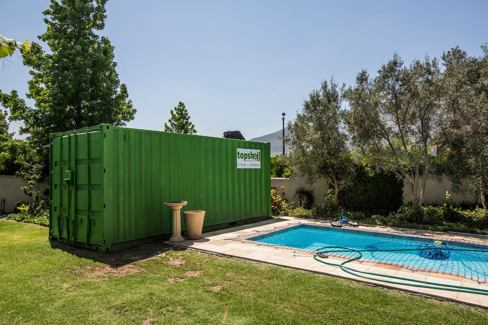 Onsite storage container rental