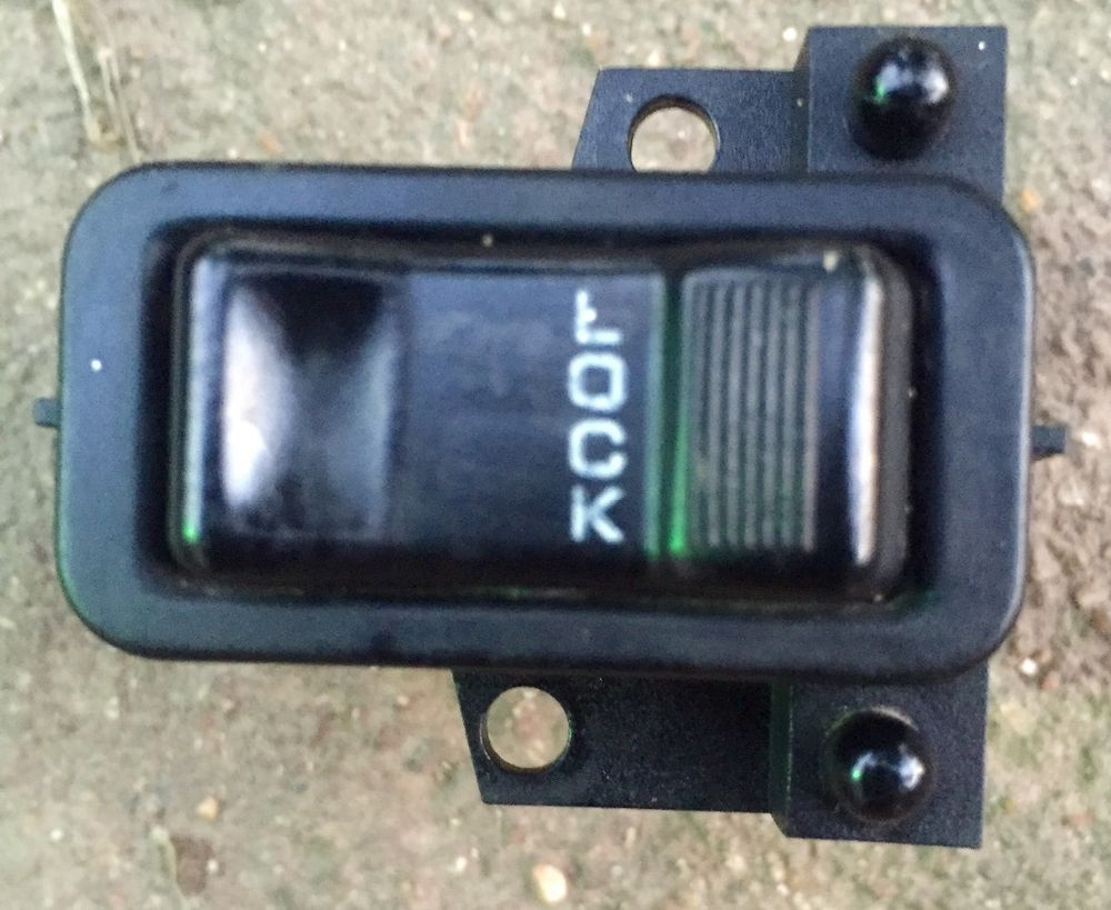 9395 Jeep Grand Cherokee Main Power Door Lock Switch