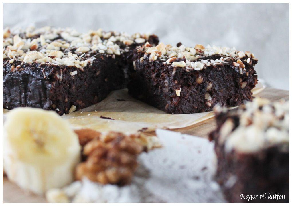 Sund Brownie Med Dadler Banan Kokos Og Nødder Nom Nom Nom