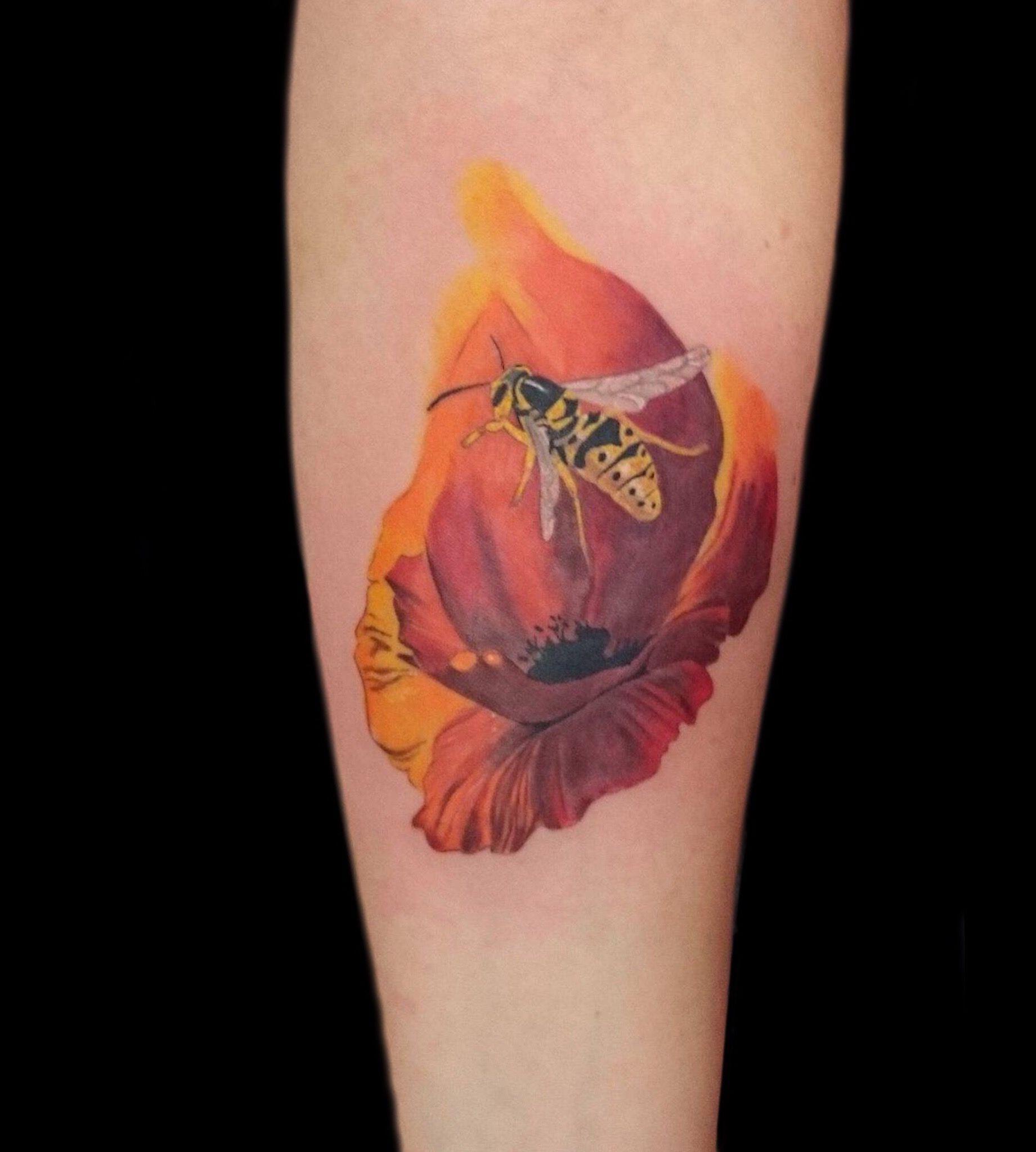 Poppy Bee Tattoo By Dan At Holy Trinity Tattoos Revelation Tattoo Tattoos Tattoo Studio
