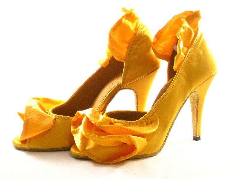 Yellow dance shoes | Shoes, Yellow shoes, Latin shoes